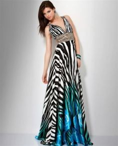 A great way to add a little twist to a long and luxurious gown. Military Ball, Pageant, Homecoming, Gowns, Luxury, Formal Dresses, Shape, Black, Fashion
