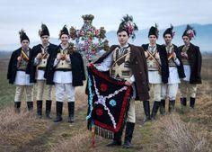 ceata-de-feciori-din-tara-fagarasului-traditii-iarna-romanian-people-winter-traditions