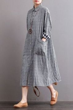 Fabric: LooseSeason: Autumn,WinterType: DressPattern Type: PlainSleeve Length: Long SleeveColor: Black White PlaidStyle: CasualMaterial: LinenNeckline: One Shou