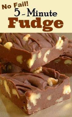 Chocolate Fudge Candy Recipe | http://whatscookingamerica.net #chocolate #fudge #candy #christmas