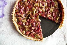 Rebarborový koláč z domácího listového těsta