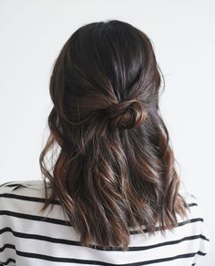 Hair Care Secrets: Styling a LOB how-to: six different ways to style a long bob haircut Medium Length Hairstyles, No Heat Hairstyles, Back To School Hairstyles, Long Bob Hairstyles, Trendy Hairstyles, Long Bob Updo, Short Haircuts, Braided Hairstyles, Medium Length Hair Braids