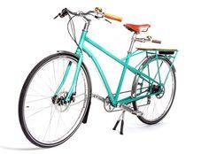 Cascade Flyer, a bike that is a commuter-cargo-tandem-kid-carrying hybrid and the brainchild of Portland, Oregon-based bike builder Bike Builder, Urban Bike, Cargo Bike, Tandem, Sport Bikes, Cool Bikes, Bicycle, Bike Stuff, Portland Oregon
