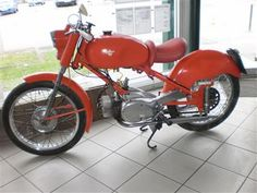 I'm loving the seat. Motorbikes, Cars Motorcycles, Classic, Tourism, Derby, Motorcycles, Classic Books, Motorcycle