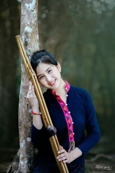 Cute Girl Poses, Cute Girls, China Girl, Girls Image, Traditional Outfits, Asian Beauty, Thailand, Actresses, Costumes