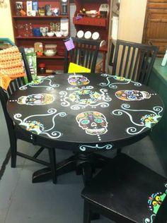 Sugar skull table stools , yes! Skull Furniture, Furniture Decor, Painted Furniture, Sugar Skull Decor, Sugar Skulls, Sugar Skull Painting, Painted Stools, Sweet Home, Ideas Para Organizar