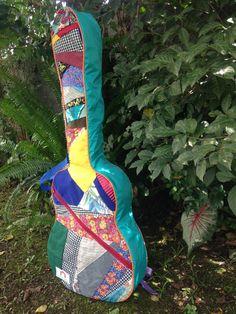 Custom guitar case by TendadeRetalhos on Etsy