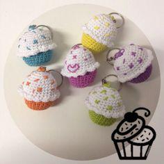 Amigurumi Cupcake Keychain : 1000+ images about DIY Clauers / Keychain on Pinterest ...