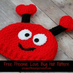Are you looking for a cute preemie hat to make for Valentine's Day? What about this love bug hat? It's cute and its for Valentine's Day.