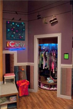 Part two of my room (the icArly isn't there) -Britt Closet Bedroom, Teen Bedroom, Bedroom Decor, Awesome Bedrooms, Cool Rooms, Dream Rooms, Dream Bedroom, Icarly Bedroom, Hangout Room
