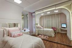 Designer de Interiores Iara Kílaris - Parceira do Construindo Minha Casa Clean! Falando sobre Espelhos!
