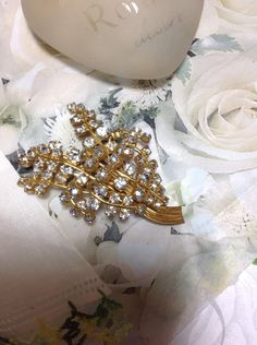 Vintage Gold Rhinestone Brooch Pin Prong Set Sparkly Stones Gold Tone Pretty Retro Spray Bridal Wedding Stunning! by MarveltyVintage on Etsy