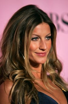 Gisele+Bundchen+Victoria's+Secret+Swim | Gisele Bundchen Photos - Victoria's Secret Fashion Show - Arrivals ...