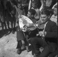 René Zuber et Roger Leenhardt - EN CRETE SANS LES DIEUX,1934. Crete, French Photographers, Athens Greece, Monochrome, God, History, Concert, Greeks, Fictional Characters