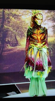 Laura Tyler    Mother Earth Goddess   Face Off   (Sorry for the poor quality and crop. I had to take photos from my TV because I couldn't find any good pictures on-line!) Special Makeup, Special Effects Makeup, Face Off Makeup, Face Off Syfy, Earth Goddess, Me Tv, Mother Earth, Hair And Nails, Cool Pictures