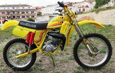 Enduro Vintage, Vintage Bikes, Moto Enduro, Motocross Bikes, 50cc, Dirt Bikes, Cars And Motorcycles, Offroad, Milan