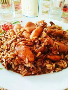 Κατάλληλο για καλοκαιρινά βράδια!! Fried Rice, Fries, Facebook, Ethnic Recipes, Food, Essen, Meals, Nasi Goreng, Yemek