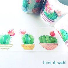 Adorna, reutiliza o decora con este Washi tape de 3cm de ancho con ilustraciones de cactus en macetas.