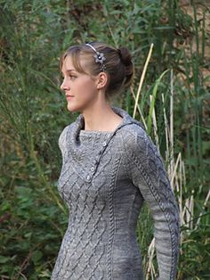 Inspired by my love of all knitted things cabled and The Lord of the Rings, Grey Havens is a sweater full of flowing, interlocking cables and details, that for me, conjures up misty images of some far off shore. Grey Havens is worked in the round from the bottom up, with raglan shoulders and a split cowl collar that can be buttoned up.