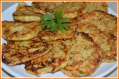 Wyborne Smaki: Cukiniowe racuszki z mozzarellą i natką pietruszki...