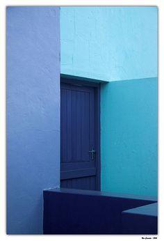 Shades of Blue Pantone Blue, Colour Architecture, Everything Is Blue, Blue Pill, Blue Colour Palette, Color Me Beautiful, Purple Walls, Blue Wood, Monochrom