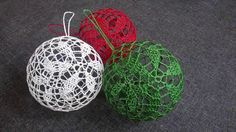 Jak wykonać bombkę 3D - Szydełko - YouTube Crochet Christmas Ornaments, Crochet Snowflakes, Christmas Knitting, Christmas Crafts, Doily Art, Knitting Stiches, Crochet Decoration, Crochet Videos, Crochet Home