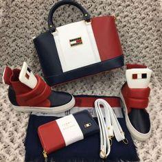Tommy Hilfiger 1292 – Ayakkabı, Çanta, Cüzdan, Şal Kombin Tommy Hilfiger Outfit, Tommy Hilfiger Handbags, Fashion Bags, Fashion Shoes, Shoe Boots, Shoe Bag, Mocassins, Vuitton Bag, Cute Bags
