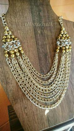 Collar con múltiples cadenas y cristales by Barbarella