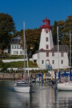 LIGHTHOUSE in Kincardine Ontario, Canada Visit Facebook Page of Farzaneh Abravani Professinal Immigration Services to learn about the latest immigration news and services. https://www.facebook.com/farzanehabravaniimmigrationservices