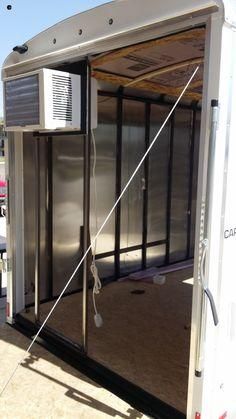 A/C mounted in rear door of cargo trailer Utility Trailer Camper, Bug Out Trailer, Enclosed Trailer Camper, Car Hauler Trailer, Cargo Trailer Conversion, Trailer Storage, Trailer Build, Camper Van Conversion Diy, Cargo Trailers