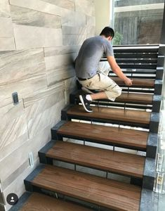 10 unique modern staircase design ideas for your dream house 35 Home Stairs Design, Railing Design, Interior Stairs, Design Your Home, House Design, Railing Ideas, Basement Stairway, Escalier Design, Steel Stairs