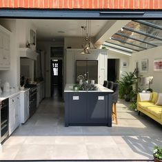 Your guide - side return extensions — Love Renovate Kitchen Extension Side Return, House Extension Plans, Kitchen Diner Extension, House Extension Design, Extension Ideas, Open Plan Kitchen Dining Living, Open Plan Kitchen Diner, Kitchen Dinning Room, Long Kitchen