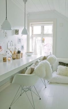 Modern white home office. Scandanavian modern.