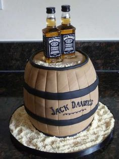 This Jack Daniels cake with barrels and bottles is the perfect grooms cake for the whiskey loving groom Crazy Cakes, Fancy Cakes, Cute Cakes, Pink Cakes, Birthday Cakes For Men, Cake Birthday, Birthday Cake Ideas For Adults Men, Happy Birthday, 40th Birthday Cake For Men