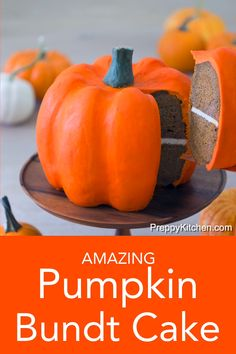 This show-stopping pumpkin bundt cake might look just like a real pumpkin but don't forget, it tastes amazing too! A moist pumpkin cake loaded with all your favorite fall spices, filled with cream cheese frosting and enrobed in vanilla buttercream! Halloween Desserts, Halloween Cakes, Halloween Baking, Halloween Treats, Thanksgiving Recipes, Fall Recipes, Holiday Recipes, Thanksgiving Baking, Fall Baking