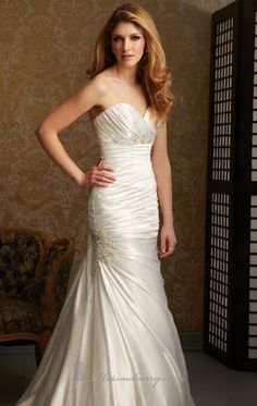 Allure 2464   avilable in ivory silver    discontinued   sample sale