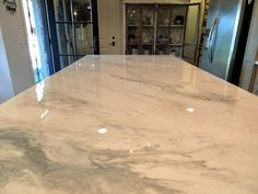 Epoxy Countertops that look like Marble - For the Home - Epoxy Countertop Kit, Countertop Materials, Concrete Countertops, Kitchen Countertops, Spray Paint Countertops, Refinish Countertops, Countertop Makeover, Kitchen Cabinets, Laminate Countertops
