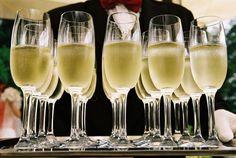 Dlaczego warto pić szampana?  http://www.wino-blog.pl