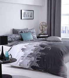 Catherine Lansfield City Scape Skyline Urban New York Grey Bedding Quilt Set