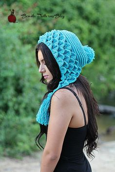 Free Crochet Pattern: Crocodile Stitch Capuche Hood by Bonita Patterns www.bonitapatterns.com