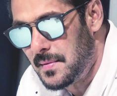 Can't take my eyes of you   Salman khan