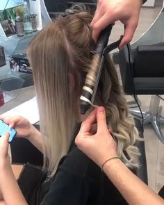 hairstyle how to curl - hairstyle how to & hairstyle how to do step by step & hairstyle how to tutorials & hairstyle how to easy & hairstyle how to videos & hairstyle how to curl & hairstyle how to draw & hairstyle how to do step by step videos Curls For Medium Length Hair, Curls For Long Hair, Soft Curls, Medium Hair Waves, Curly Hair Styles, Medium Hair Styles, Curl Hair With Straightener, Curling Hair With Flat Iron, Curling Hair With Wand