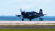 Tagged: Allied | Pilot Entertaining Spectators With A Corsair: Crisp Footage!http://worldwarwings.com/pilot-entertaining-the-spectators-with-this-corsair-crisp-footage