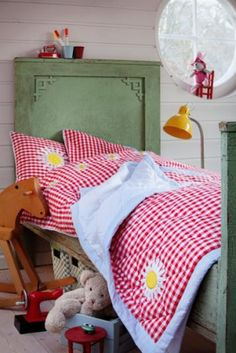 cute gingham bedding