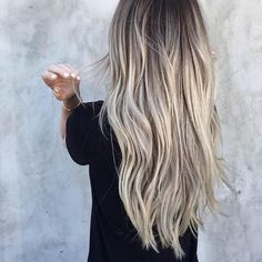 """10.8k Likes, 278 Comments - OLAPLEX (@olaplex) on Instagram: """"This cool, blended blonde balayage created by @tauni901 is EVERYTHING! Here's her recipe- """"40vol…"""""""