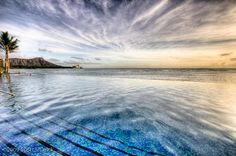 Infinity pool at Sheraton Waikiki, Hawaii