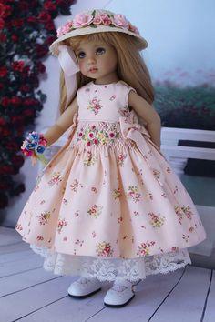 https://www.flickr.com/photos/dollheirloomdesigns/shares/xtE249   Doll Heirloom Designs's photos