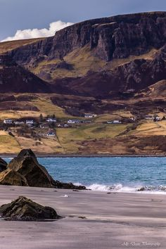 Staffin Beach, Isle of Skye, Scotland. Ally Deans Photography.