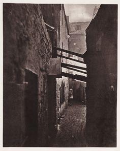 Close, No 83 High Street, Glasgow, 1868