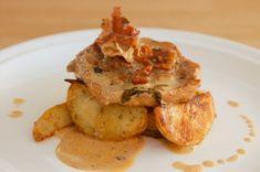 Bravčové karé s prosciutto omáčkou Prosciutto, French Toast, Chicken, Meat, Breakfast, Food, Morning Coffee, Eten, Meals